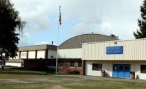 1024px-Stayton_High_School_main_entrance_-_Stayton_Oregon